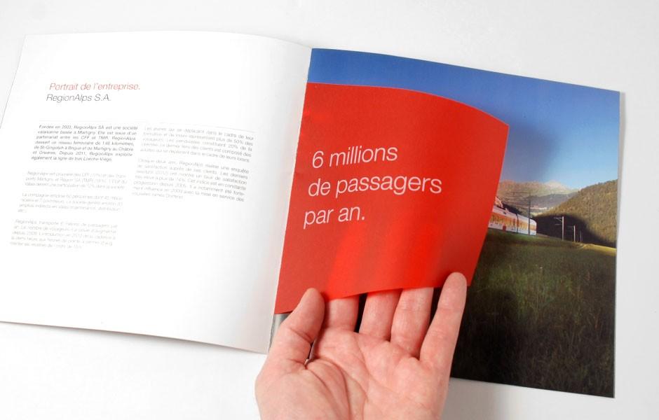 Regionalps_region_alps_brochure_CFF_3_sion_sierre_martigny_Monthey_Valais_eddy_pelfini_graphic_design_graphisme_graphiste_agence_de_publicite_communication_visuelle