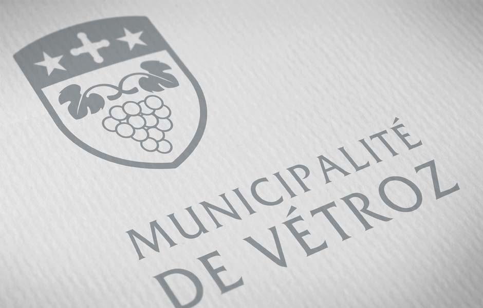 municipalite_de_vetroz_logo_2_sion_sierre_martigny_Monthey_Valais_eddy_pelfini_graphic_design_graphisme_graphiste_agence_de_publicite_communication_visuelle